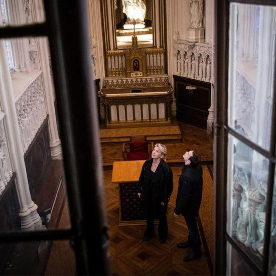 Spécialisée dans la restauration, la réhabilitation, l'extension et l'aménagement des monuments et des sites historiques protégés, Bénédicte Gecele fait partie de ces 900 architectes du Patrimoine reconnus en France.